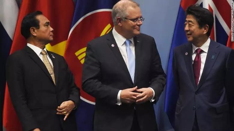 莫里森拒绝签署联合国《全球移民协议》,拒绝非法移民!